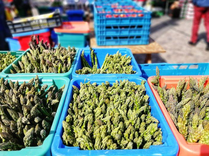 Fresh Asparagus on a Farmers Market Asparagus Box Sorts  Sorted Vegetable Saison Season  Healthy Eating Fresh Harvest Green Vitamins Ecology Vegan Food Germany Herb Business Finance And Industry Farmer Market