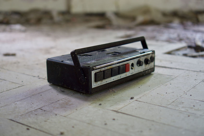 Arts Culture And Entertainment Close-up Damaged Day Focus On Foreground Indoors  Music No People Obsolete Old Radio Retro Styled Selective Focus Single Object Still Life Table Technology Toy