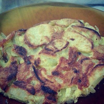 Que bueno está! Cómo echo de menos la comida española :/ Acomer Rarisol Tortilla ElCocinero