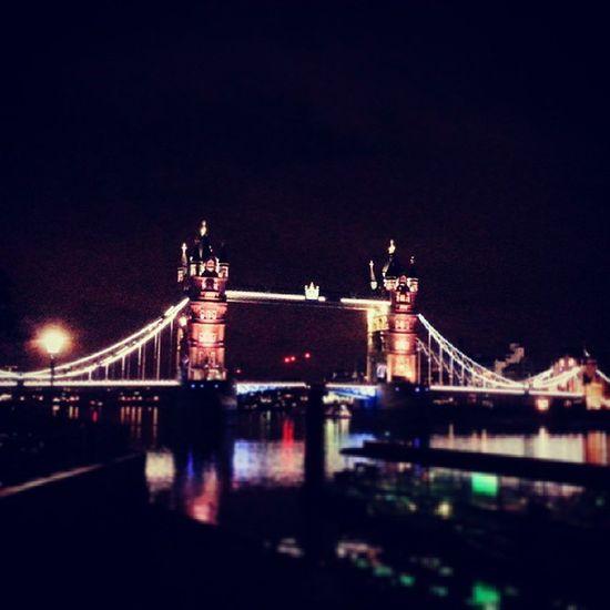 London Underground Ponte Mozzafiato towerhill 2014 england sogno 2014 summer bellezza altrochemare fascino vivalaregina street road misterioso luci sera night londonight