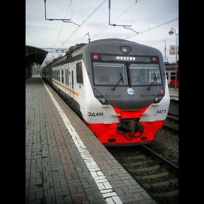 Squareinstapic поездато СавеловскийВокзал едудомой