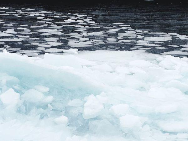 Ice backing up