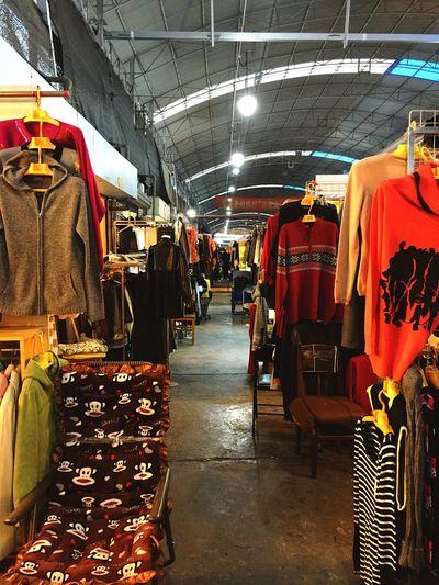 Vintage Market Clothes Vintage Shopping Shopping Shed Hangar