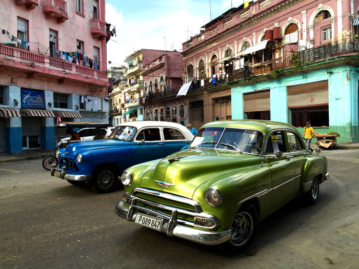 Cars Check This Out City City Life Classic Cars Colorful Cuba Dynamic Eyeemphotography Green And Blue Havana Looks Like New Metallicgreen Moving No People Oldtimer Roadside Street Scene Streetphotography Style Transportation Transportation