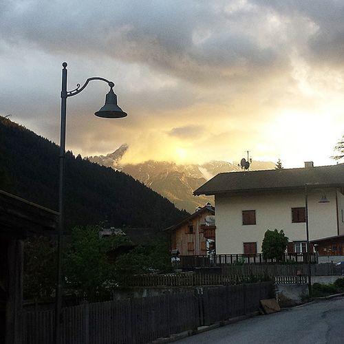 Non è mai un addio Sitornaacasa Byebyetirol Südtirol Trentino  Civediamopresto Spettacolo Tuttomoltotirolese Danke  Happy Likes Likeforlike L4l Follow Followforfollow F4F Followme Tagsforlikes @TagsForLikes Tflers Amazing Ciau 💙✋