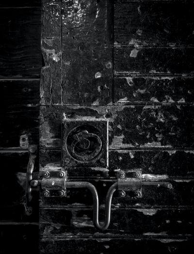 Stable Door Detail Black & White Doors Farm Farm Life Pattern, Texture, Shape And Form Black And White Black And White Photography Blackandwhite Blackandwhite Photography Close Up Close-up Day Detail Door Door Detail Greyscale James Aiken James Aiken Photography Latch Minimalism Monochrome Monochrome Photography Rural Myopia Stable Stable Door