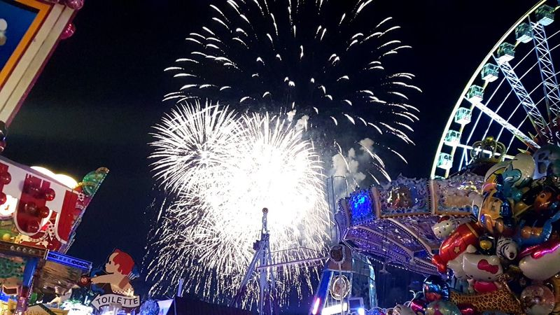 Night Firework Display Firework - Man Made Object Illuminated Sky Kirmes 💗 Kirmes Cranger Kirmes  Ferris Wheel Rides And Attractions Rides Fun Fireworks Firework Fireworksphotography