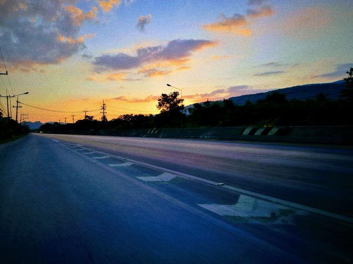 Tree Sunset Road Silhouette Car Dramatic Sky Sky Cloud - Sky