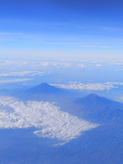 Twins Mountain mountain range mountains and sky From My Point Mountain Range Mountains And Sky From An Airplane Window Mountain Beauty Indonesia INDONESIA Indonesia_photography Mountain View Nice View Mountain Peak Nice Atmosphere Malang Mountain Range Mountain Peak Sea Blue Airplane Beauty Water Aerial View Sky Landscape Cloud - Sky Rocky Mountains Mountain Ridge Bromo-tengger-semeru National Park Mountain Road Snowcapped Mountain Dramatic Landscape