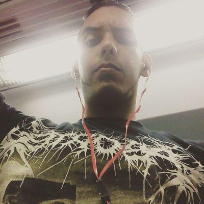 En el Metro aburrido pero na pa lante Slammingbrutaldeathmetal Brutaldeathmetal Deathmetal Pornogore Grindcore Goregrind