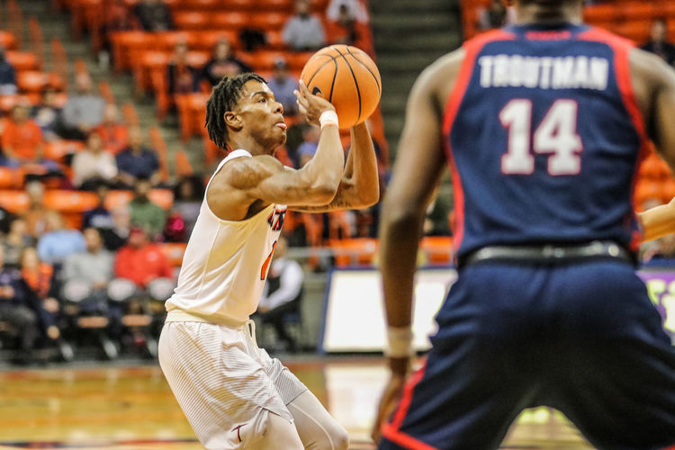 UTEP BASKETBALL! Adult Athlete Basketball - Sport Basketball Player Competition Competitive Sport Court Day Defending Indoors  Men Offense - Sporting Position People Playing Professional Sport Real People Sport Sports Clothing Sports Team Sports Uniform Sportsman Young Adult The Photojournalist - 2018 EyeEm Awards