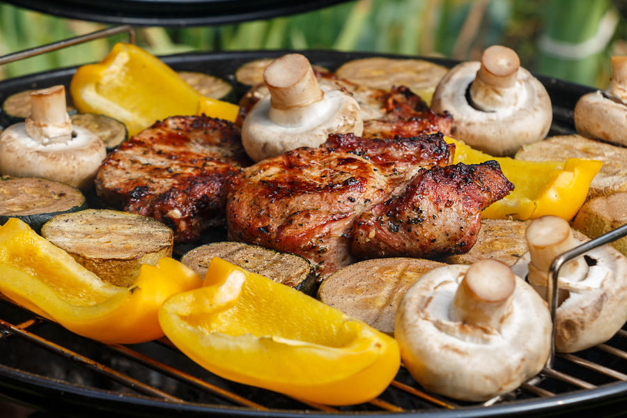 Barbecue Meat Barbecue Grill Food And Drink Grilled Fryed Eating Lunch Frying Fry Unhealthy Eating Appetite Gourmet Freshness Outdoors Preparation  Healthy Eating Food Cooking Kitchen Meat Love Vegetables Pepper No People SLICE
