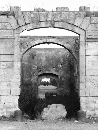 History Architecture Ancient Building Exterior No People Outdoors Old Ruin Arch Antique Day Blackandwhite Stone Nature Indoors  Architecture Built Structure Sculpture