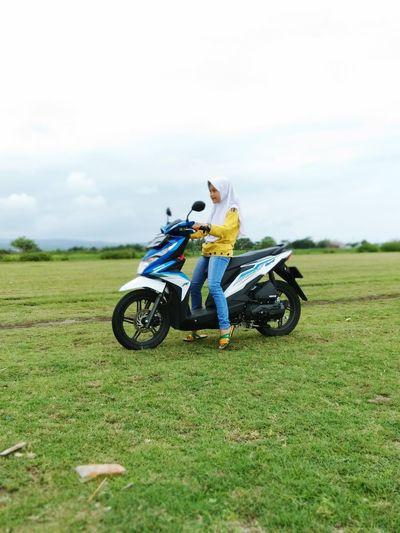 Motocross Headwear Sports Clothing Motorcycle Adventure Sport Biker Rural Scene Full Length Extreme Sports