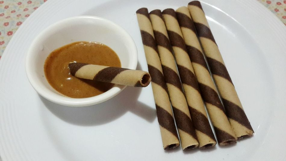Peanutbutter Food Plate Ready-to-eat Waffers