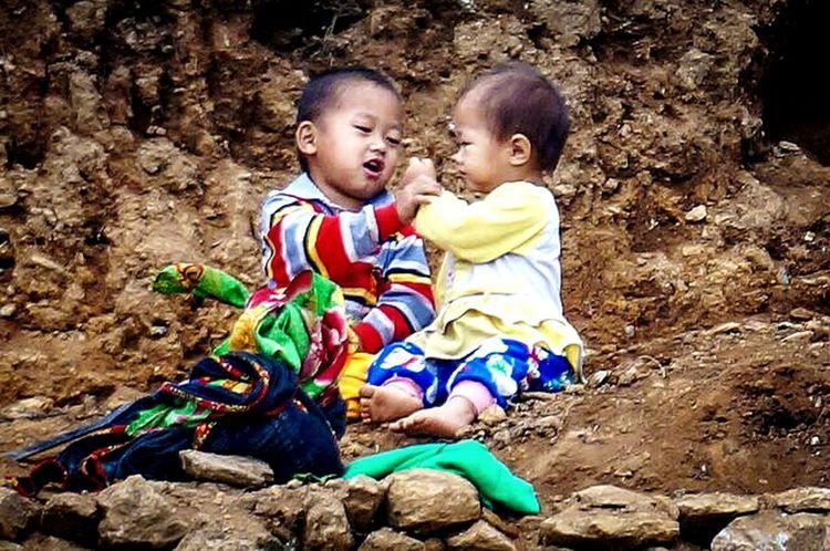 Taking Photos Vietnam Hà Giang Viet Nam Hello World Travelling On The Road Children Childhood Children Playing