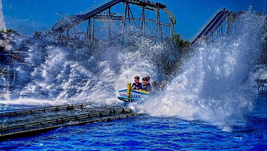 Adventure Amusement Parks Aquatic Sport Europa-Park Hdrphotography Motion Outdoors People Speed Splashing Streetphotography Water Water Slide White Waterway Wildwasserbahn
