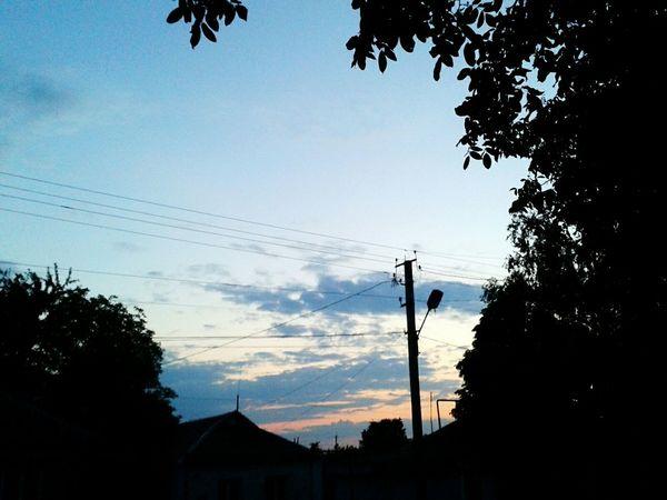 Sky Hello World MyfirstEyemphoto Clouds And Sky Sunset Trees Blue Sky Hi! First Eyeem Photo Rosesky Violet Sky