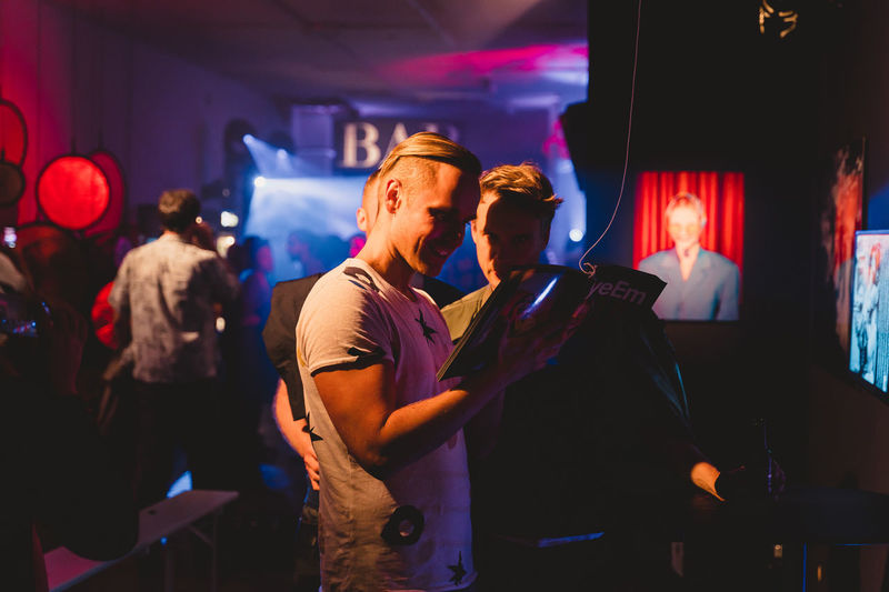 Berlin Photo Week 2018 Berlin Photo Week BPW18 EyeEem Night Illuminated Men Nightlife Group Of People Lifestyles Event Enjoyment Nightclub Real People Women Leisure Activity Indoors  Togetherness Adult Incidental People Crowd Party - Social Event Music Arts Culture And Entertainment Positive Emotion