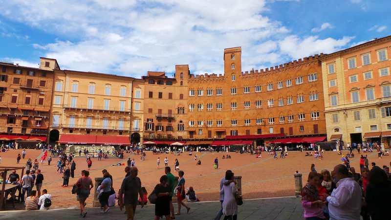 Architecture Building Exterior City City Life Crowd Famous Place Italy Piazza Del Campo. Siena Residential Building Siena Italy Taking Photos Town Square Travel Destinations Travel Photography Travelphotography Walking Around The City