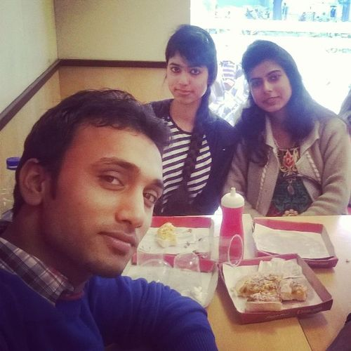 Frnds Pizza Insta Edit Great Day