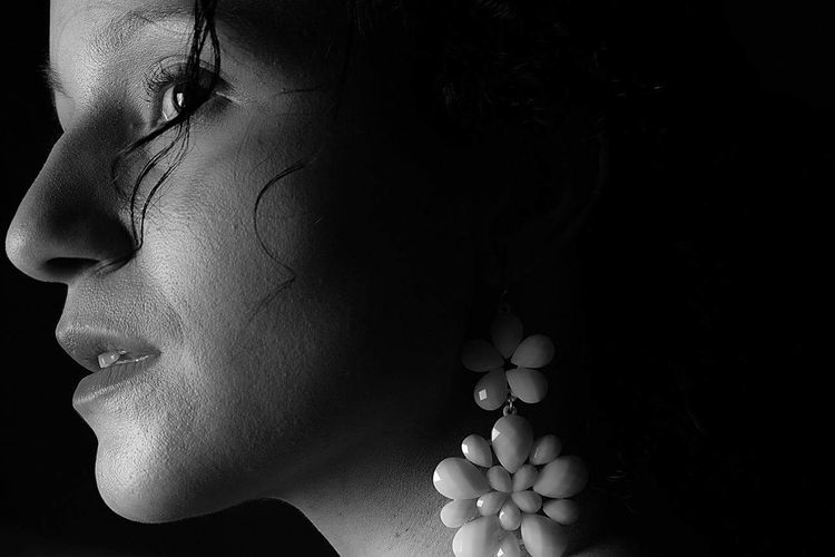 One Woman Only Beauty Close-up One Young Woman Only Studio Shot Beautiful Woman Earring  Silhouette Fashion Selfportrait Womanportrait Selfportait Selfportrait Of A Woman Human Face Woman Portrait One Person The Portraitist - 2018 EyeEm Awards The Fashion Photographer - 2018 EyeEm Awards Glamour Haute Couture Fashion Model Human Nose Chiaroscuro  Posing Thoughtful Pretty Artist's Model Eyeshadow Lipstick Eyeliner