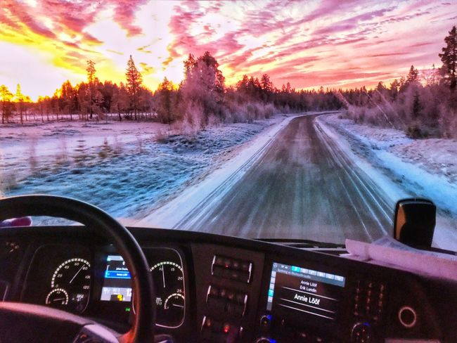 In Action On The Road North Trucking Sunrise_sunsets_aroundworld Nature_collection Eye Em Nature Lover Pictureoftheday Truckerslife Traveling Sweden Winter Work Morning Office Mercedes-Benz