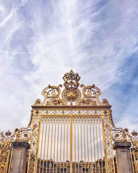 Versailles.. Gate Versailles, France EyeEm Selects Low Angle View Cloud - Sky Architecture Ornate Built Structure Sky History Travel Destinations Day No People Building Exterior Outdoors The Graphic City