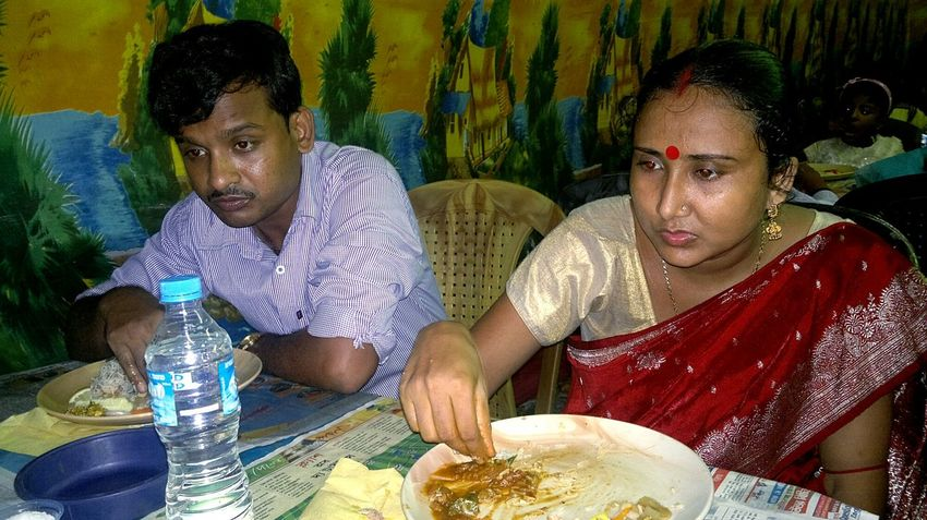 Mealtime Taking Photos Enjoying Life Colour Portrait