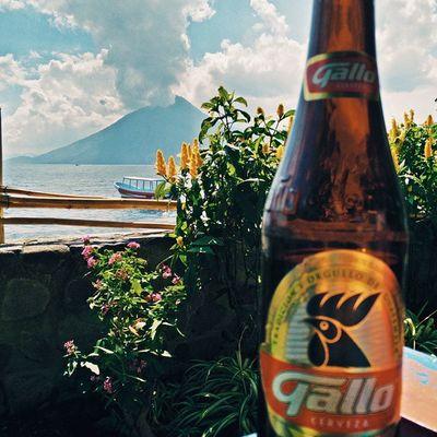 Vscocam Laiguanaperdida Iguanaperdida Santacruz santacruzlalaguna lagoatitlan lakeatitlan atitlan gallo gallocerveza cerveza guategram Guatemala oneplusone OPO latergram