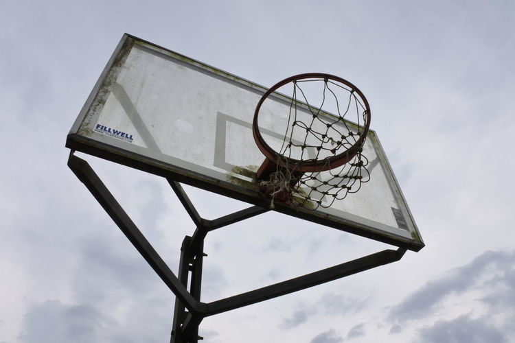 Basketball - Sport Cloud - Sky Court Day Low Angle View Nature Net - Sports Equipment No People Outdoors Sky Sport