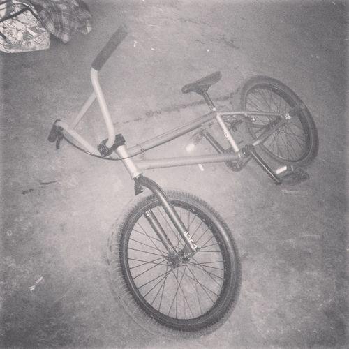 Riding Bmx  Cultcrew