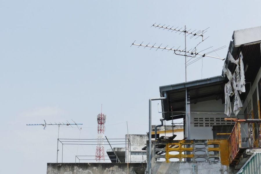 Antenna transmission tower Antenna Antenna On Roof Top Antenna Tower Antenna Transmission Tower Antennae Antennas Broadcasting Broadcasting Antenna Broadcasting System Broadcasting Tower Day Global Communications No People Outdoors Telecommunications Equipment Television Aerial Television Aerial On Roof. Thailand Tower Tv Antennas TV Tower เสารับสัญญาณ เสาอากาศ เสาโทรทัศน์ เสาโทรศัพท