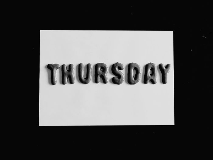 Thursday B&W Black Background No People Studio Shot Close-up Indoors  Day Russisch Brot Donnerstag Statement Message Pastries Pastry Minimalism Minimal Cookies Sweets Food Week Letters Alphabet Biscuits Alphabet Cookies Thursdays Thursday Indoors  Black Background Black And White Friday