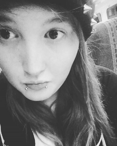 On the train!'✌ Likeit Loveit Goood Beenie Snakebites Percing Strechers Hoodie Glisteningeyes Blackandwhite Train Traintracks Bordom Traintracks Spikes