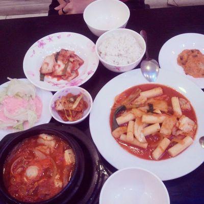 Yummmyyyyyyy :* 김치찌개 똑볶이 한국음식 저녁식사