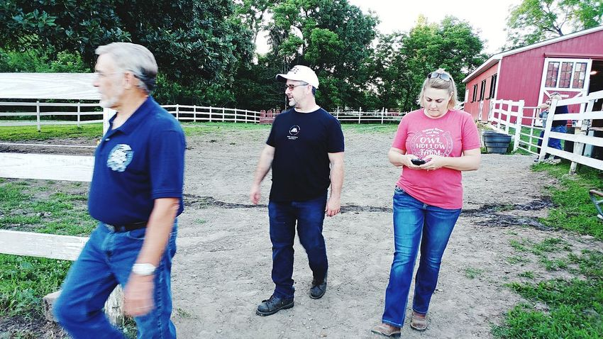 Photojournalist Togetherness Outdoors Bonding Blackberry Castle Photography Leisure Activity Livestock Nonprofit Building Exterior Close-up Barn The Portraitist - 2017 EyeEm Awards The Photojournalist - 2017 EyeEm Awards Multi-media Journalist Reggie Banks Sr The Street Photographer - 2017 EyeEm Awards Multi Media Journalist Equine Horse Meadow Sillouette Grass Field Agriculture Place Of Heart Medium Group Of People Low Angle View The Architect - 2017 EyeEm Awards Architecture Built Structure Red