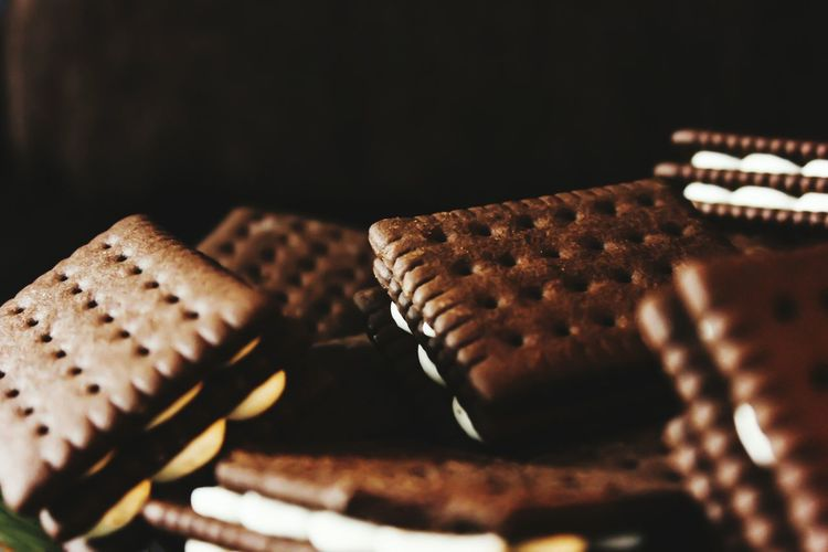 Food And Drink Foodphotography Foodpics Light And Shadow Morning Delight Desert Taking Photo Food Photography Light And Shadow Biscuits🍪 Food Foodie Focus On Foreground Prepared Food
