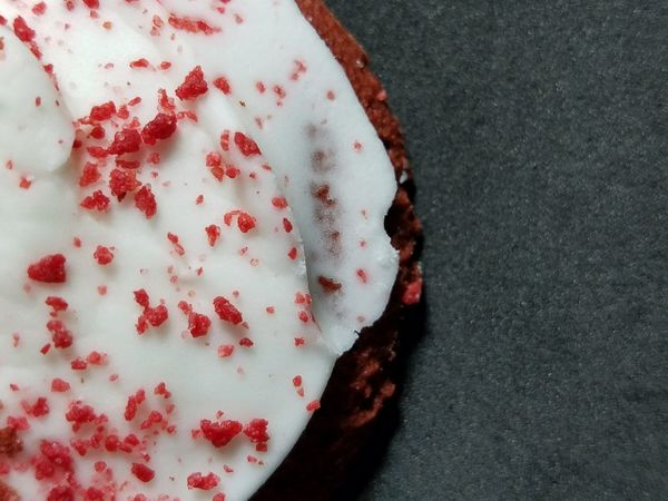 Red Close-up No People Food Sweet Food Food And Drink Foodporn Dessert Western Food Cookies Baked Goods PhonePhotography Close Up Foodphotography Unedited Unedited Photo
