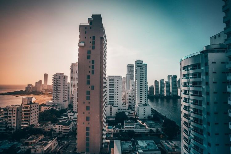 Pastel mornings in Cartagena. Colombia Architecture Lines Building Exterior Built Structure Architecture City Building Sky Office Building Exterior Residential District Tower No People Clear Sky Urban Skyline Modern Cityscape Skyscraper The Great Outdoors - 2018 EyeEm Awards #urbanana: The Urban Playground