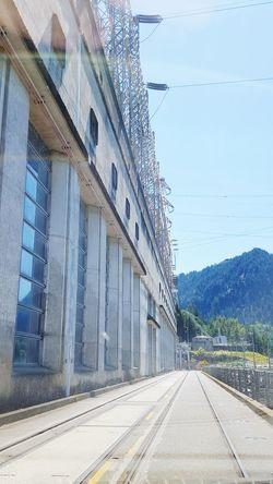Bonneville Dam Oregon Road by Power House