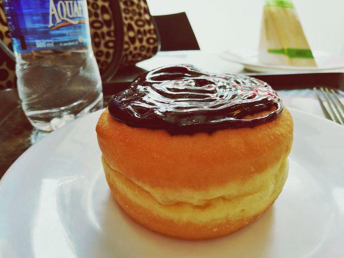 Good Morning! Breakfast Hello World Dounuts Dounut Time!!! Yummy♡ Foodphotography Yummy Food Yummy In My Tummy