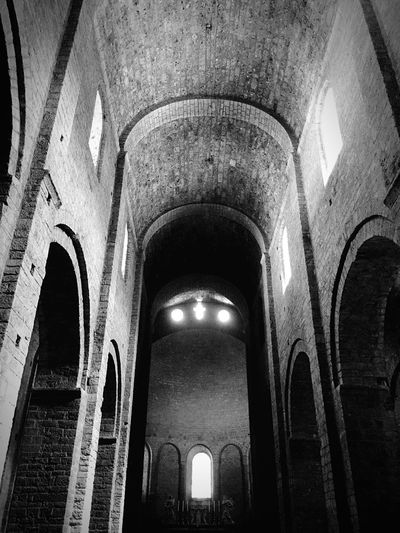 Arch Built Structure Low Angle View History Indoors  No People Spirituality Blackandwhite Photography Black And White Blackandwhite Light And Shadow IPhoneography Monochrome Abbey Architecture Architecture_collection