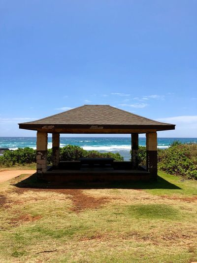 Somewhere in Hawaii Hawaii Ocean Sky Architecture Built Structure Nature Land No People Tranquility Tranquil Scene Scenics - Nature Beauty In Nature Grass