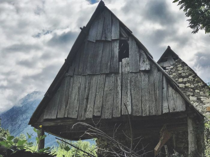Built Structure Building Exterior Architecture Sky Cloud - Sky Nature Building No People Day Roof Wood - Material Old