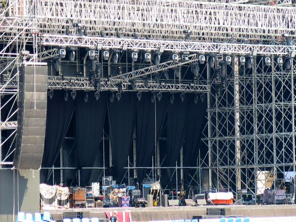 Built Structure Concerts Construction Entertainem Entertainment Metal Structure Outdoors Scaffolding Stage
