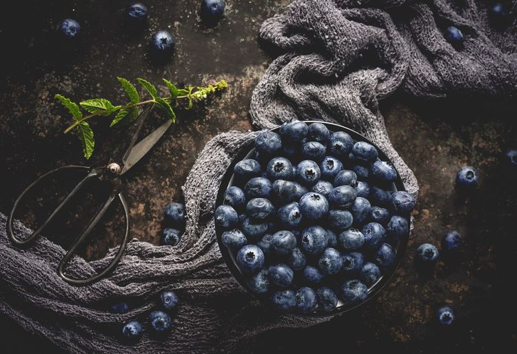 Blueberries Food Heidelbeeren Blaubeeren Blueberries EyeEm Selects EyeEm Best Shots First Eyeem Photo Hello World Foodfotografie Foodphotography Foodporn Foodie No People High Angle View Close-up Indoors  Directly Above Nature Still Life Table Leaf Freshness Plant Part Blue Beauty In Nature