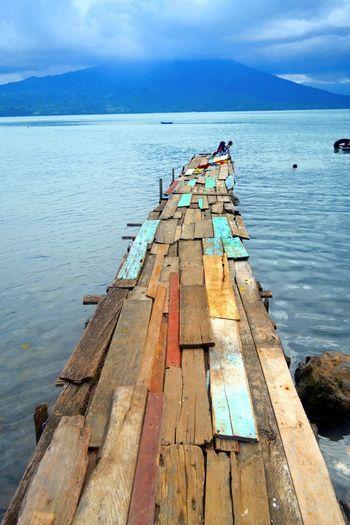 Taking Photos Enjoying Life Nikon Streetphotography Nature INDONESIA Holiday Vacation Lake Lake View Ranaulake Lampung