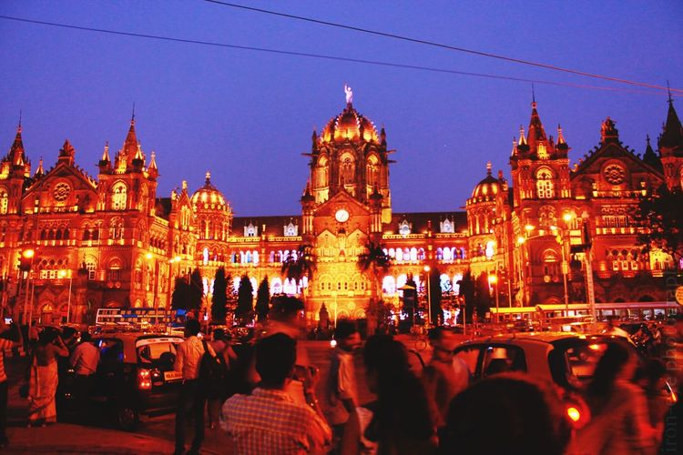Darkness cannot drive out darkness: only light can do that. Hate cannot drive out hate : only love can do that. Iron-eye Photography Ancient Architecture Relaxing Mycity Cityofdreams  Mumbai CST STATION AWESOMENESS The Incredible INDIA Adventures In The City