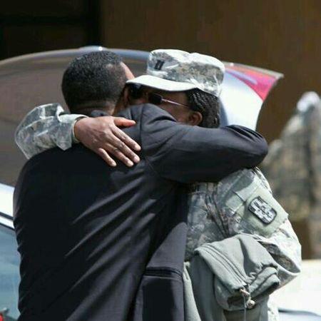 Eyeem Soldier Deployment Eyeem Army Eyeem Goodbyes Goodbyesgoodby